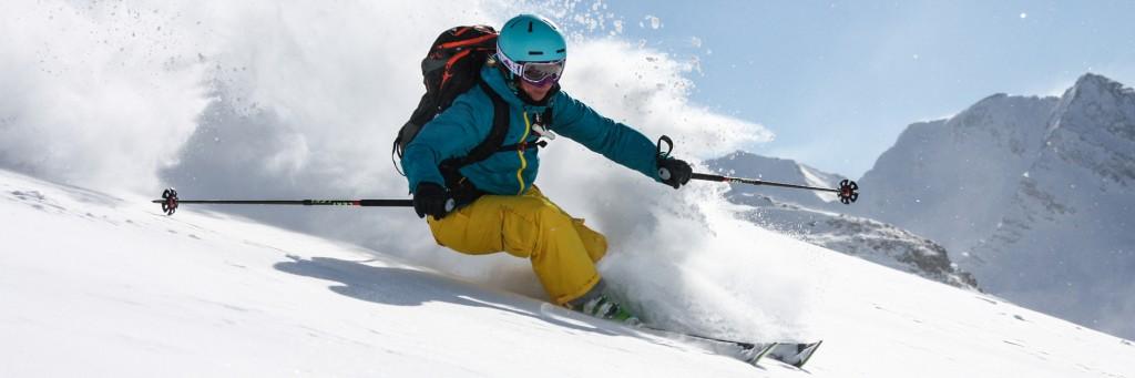 daniel-tomaschek-slides-ski-freeride-gebke-compeer